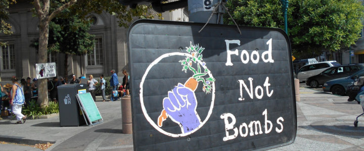 """Food not bombs"": campo di volontariato in Finlandia"