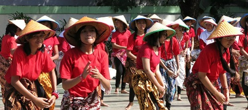 Dance4life: un campo in Indonesia per l'uguaglianza di genere