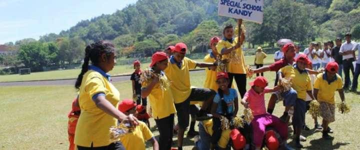 Un campo in Sri Lanka per i bambini diversamente abili: la Blue Rose School