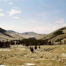 Coltivare in una fattoria in maniera ecosostenibile: un campo in Mongolia