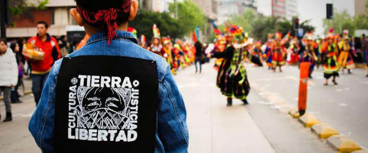 Costruire e organizzare la festa della cultura Mapuche: un campo in Chile