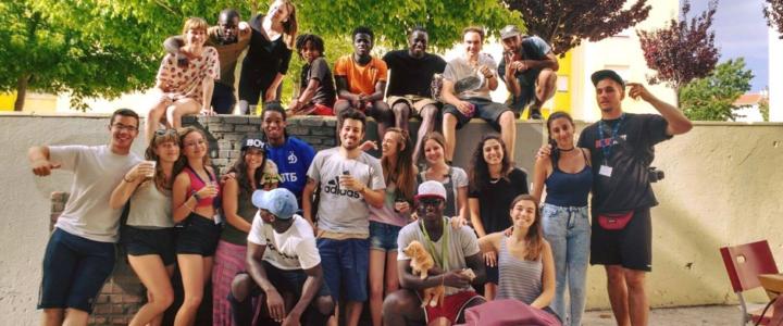 Vita comunitaria e riqualificazione: testimonianza da un campo in Portogallo