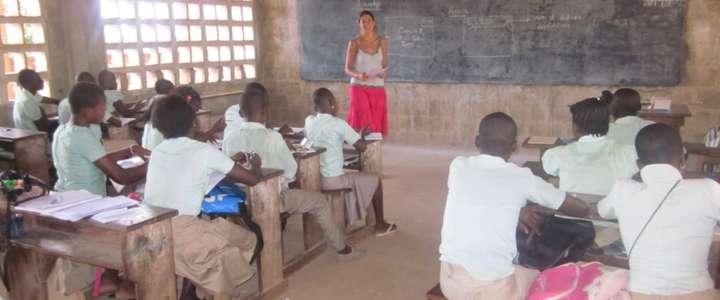 Insegnare l'informatica a bambini e ragazzi: un campo in Togo