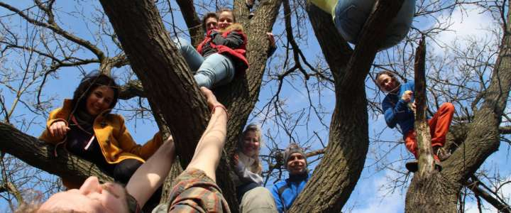 12 mesi in Ungheria a sostegno dei e delle minori migranti e richiedenti asilo: nuova call aperta per uno SVE