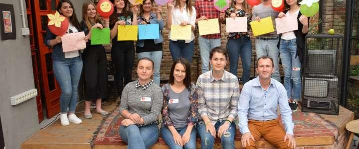 Promuovere l'inclusione sociale attraverso l'arte e la creatività: un campo in Albania