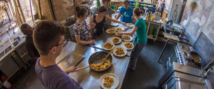 """Call aperta per il progetto """"Un pasto quotidiano di pace e nonviolenza"""""""