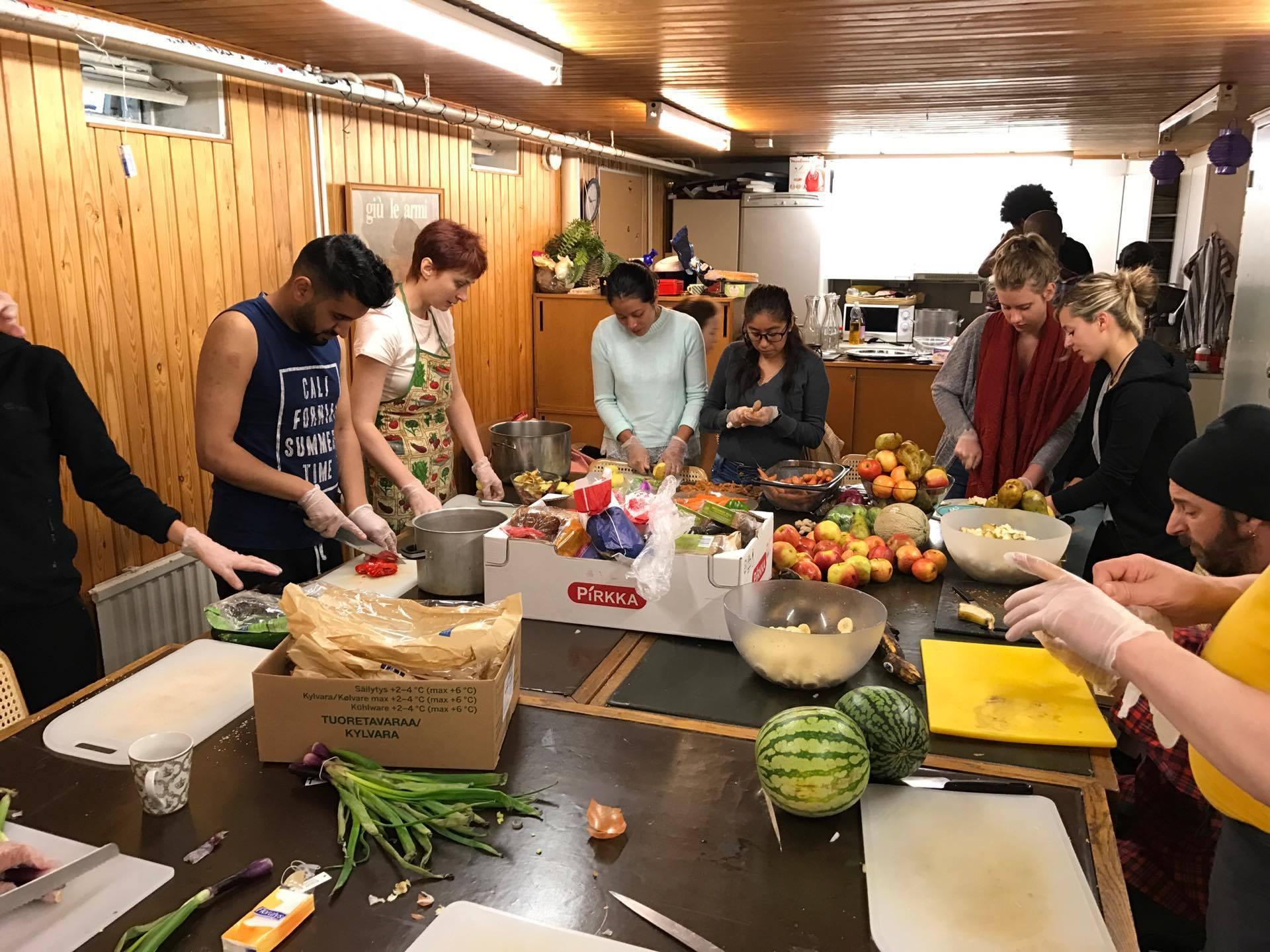 """Call aperta per lo scambio giovanile """"Cooking For Inclusion"""" a La città dell'Utopia, Roma"""