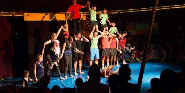 """SCI Switzerland cerca un/a volontario/a EVS per """"Circus Lollypop in Lüen"""""""